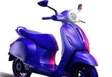 bajaj-chetak-electric-scooter-india-unveiled-details-price