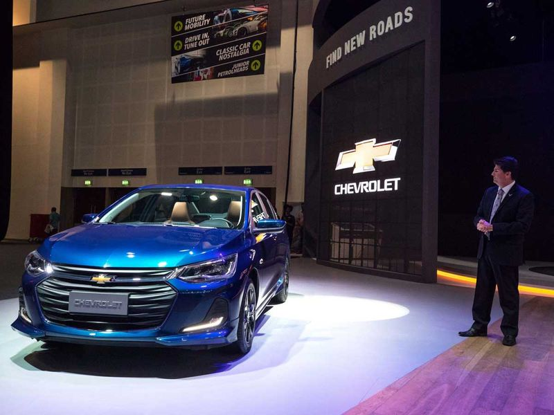 2020-chevrolet-onix-dubai-motor-show-pictures-photos-images-snaps-gallery