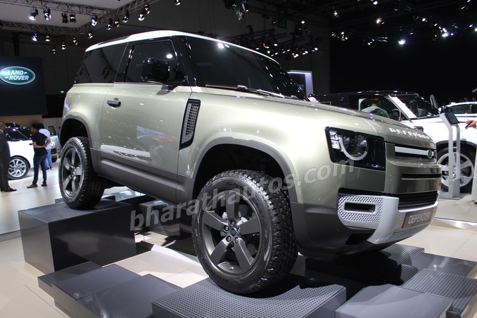 2020-land-rover-defender-dubai-motor-show-pictures-photos-images-snaps-gallery-004