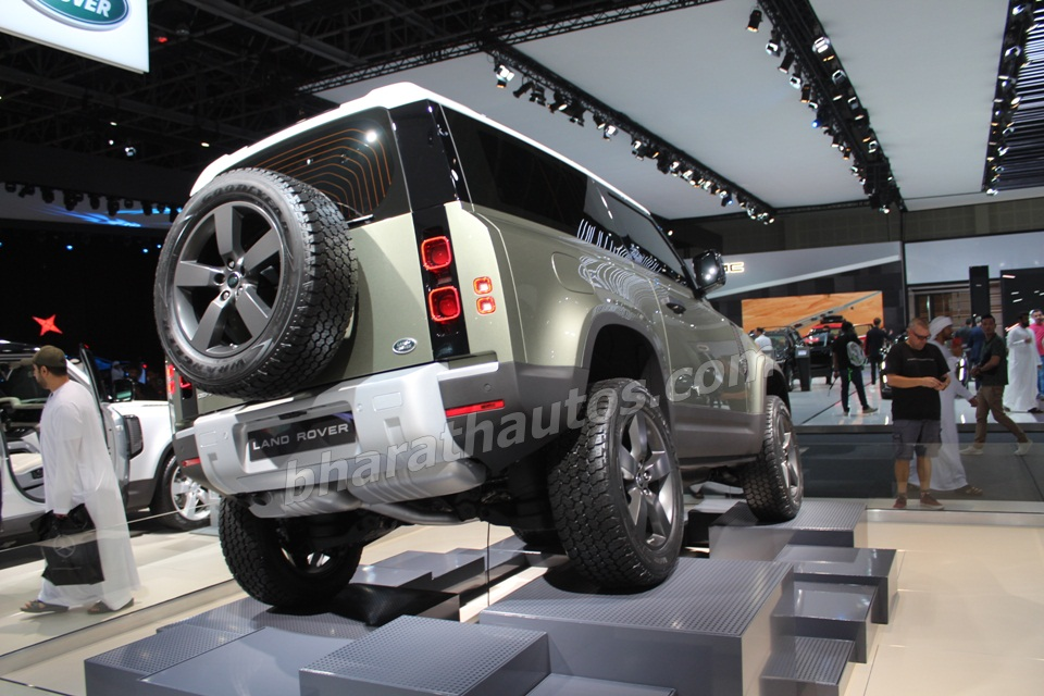 2020-land-rover-defender-dubai-motor-show-pictures-photos-images-snaps-gallery-005