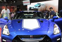 nissan-gtr-50th-anniversary-edition-dubai-international-motor-show