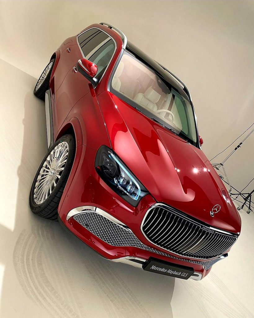 mercedes-maybach-gls-suv-ultimate-luxury-on-wheels-3