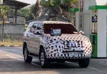 2021-toyota-fortuner-suv-facelift-front-spied-india-pictures-photos-images-snaps-gallery-video