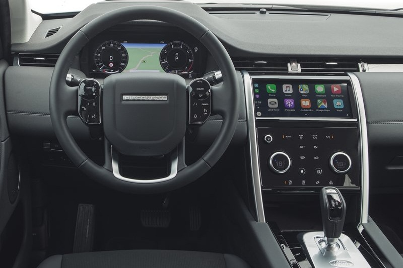 new-2020-land-rover-discovery-sport-india-interior-dashboard-cabin-inside-pictures-photos-images-snaps-gallery