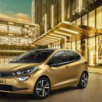 tata-altroz-premium-hatchback-india-launched-details-price
