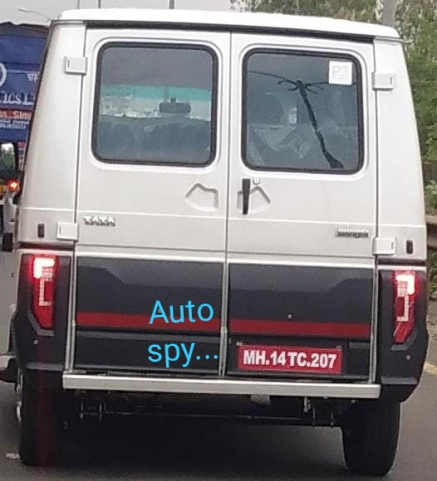 [Actualité] Groupe Tata (Jaguar, Land Rover) - Page 9 2020-tata-winger-van-facelift-rear-back-spied-testing-india-pictures-images-photos-snaps